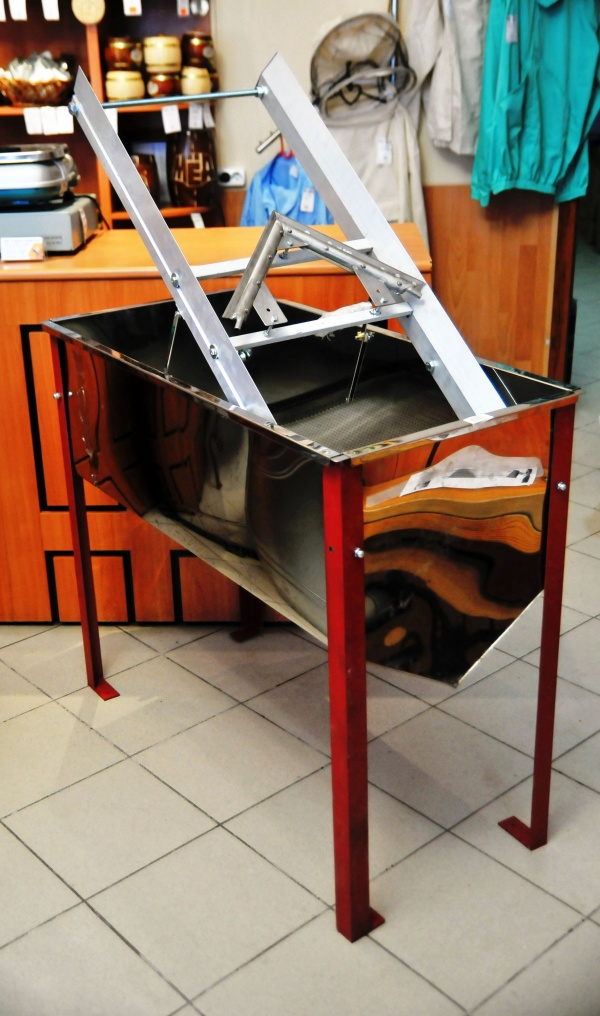 Стол для распеч.сотов.рамок с паровым ножом н/ж.